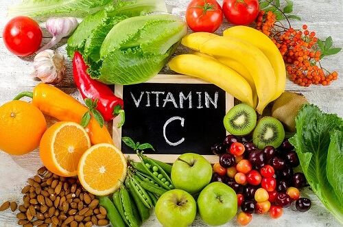 Foods rich in vitamin C can cause stagnation or heavy menstrual bleeding
